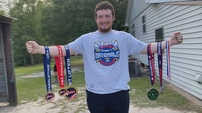 Seth Huag grabs silver in USA National Powerlifting meet.