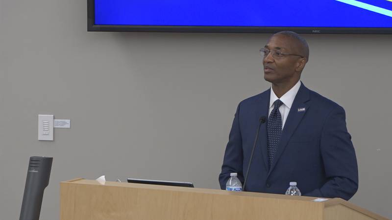 LSU President Dr. William Tate visited LSUA's campus for the first time.