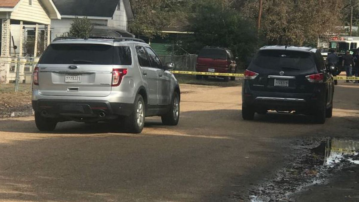Authorities say two people sitting in a vehicle on Cedar Street in DeRidder were shot late Sunday morning. The shooter drove away before apparently turning the gun on himself. (KPLC)