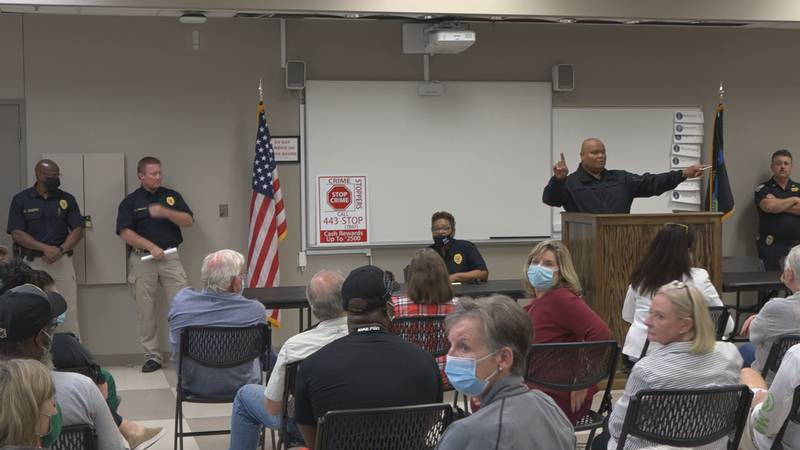 The Alexandria Police Department hosted a community meeting to address public safety concerns...