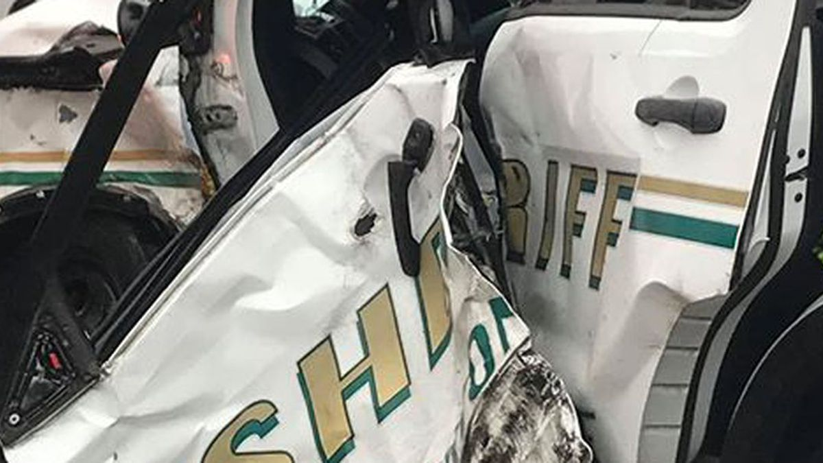A deputy's SUV was struck Wednesday morning by a driver who reportedly ran a red light. (Source: EBRSO)
