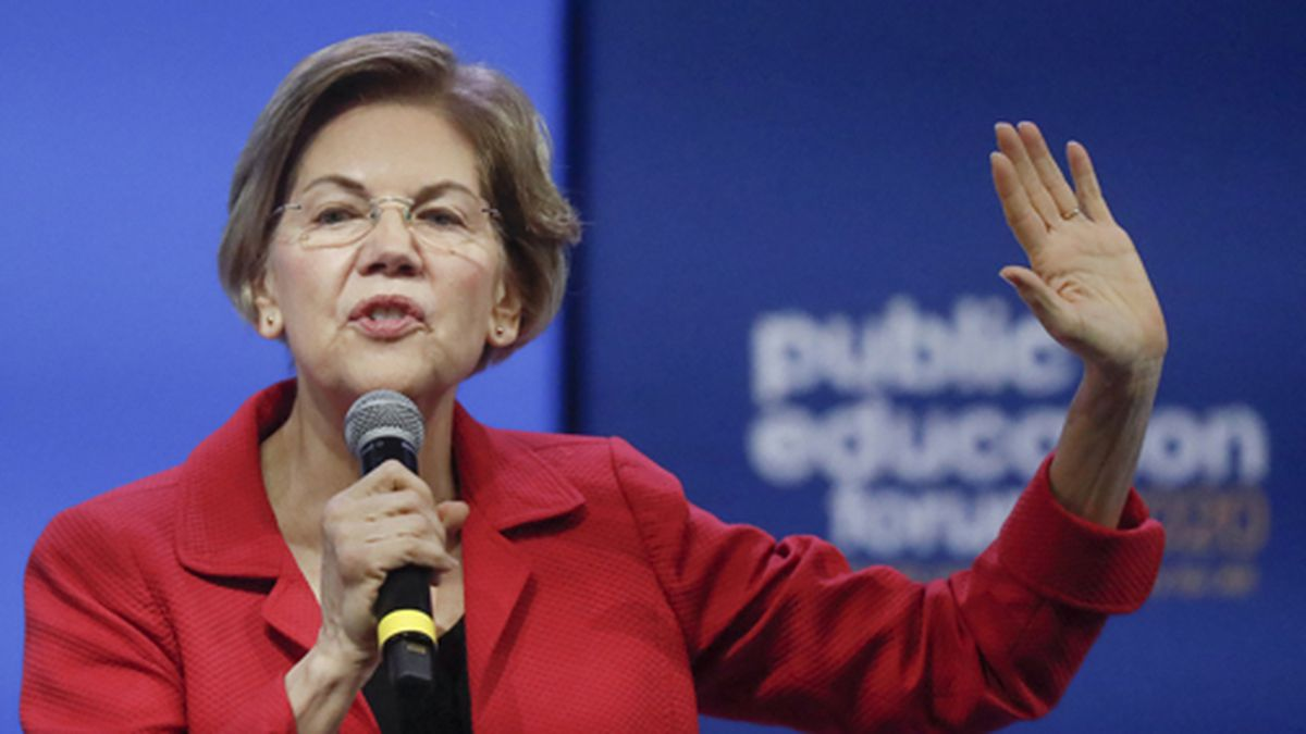 Democratic presidential candidate Sen. Elizabeth Warren, D-Mass, one of seven scheduled Democratic candidates participating in a public education forum, gives her opening statement, Saturday, Dec. 14, 2019, in Pittsburgh. (AP Photo/Keith Srakocic)