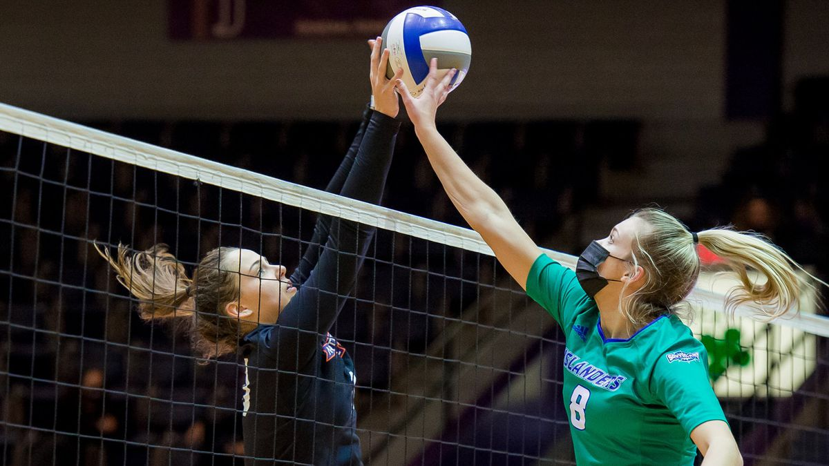 It took two sets for Northwestern State to find its footing in the straight-set loss to Texas...