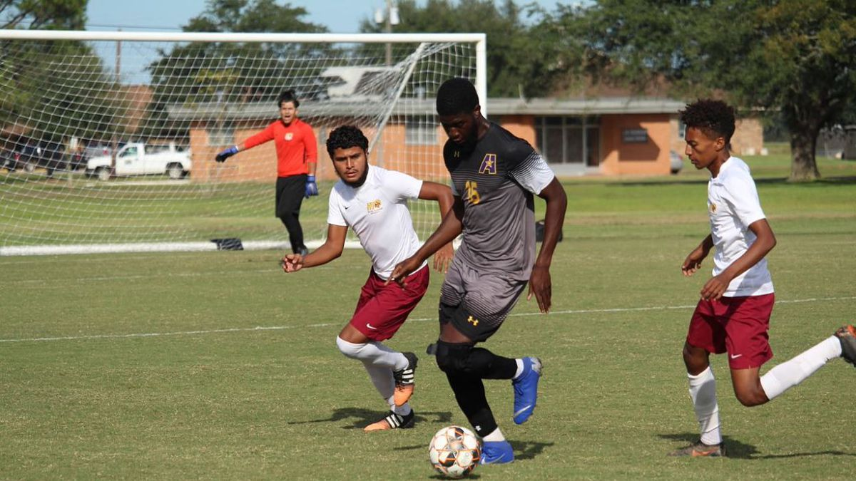 Samuel Ogunjobi registered a team-high two shots, with one on net, in his last game with LSUA,...