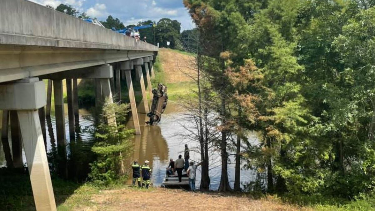 RPSO and APSO pulled a car from the water below the HWY 115 bridge.