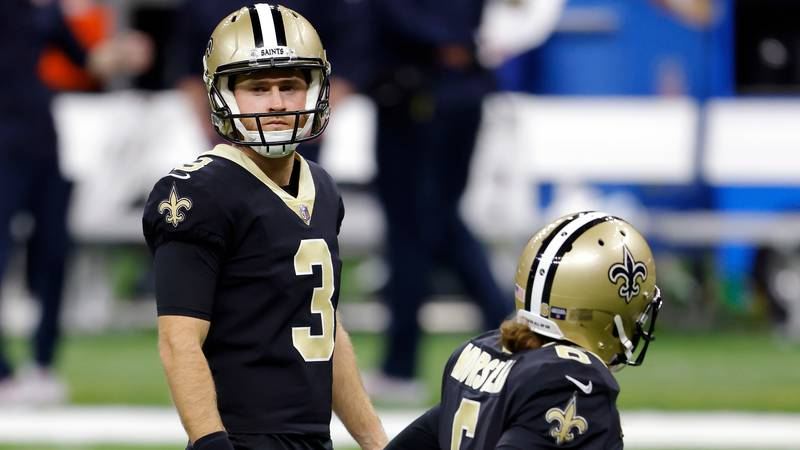 New Orleans Saints kicker Wil Lutz (3) and punter Thomas Morstead (6) during an NFL wild-card...