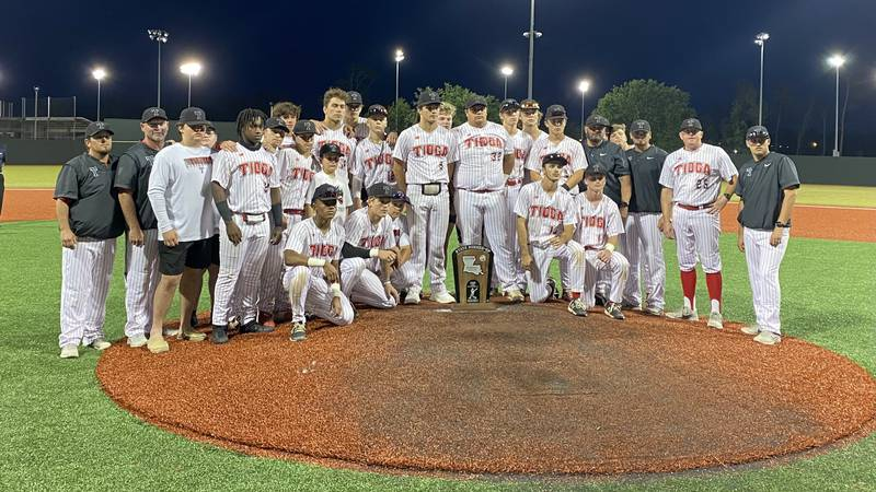 Tioga falls short in the Class 4A State Championship game.