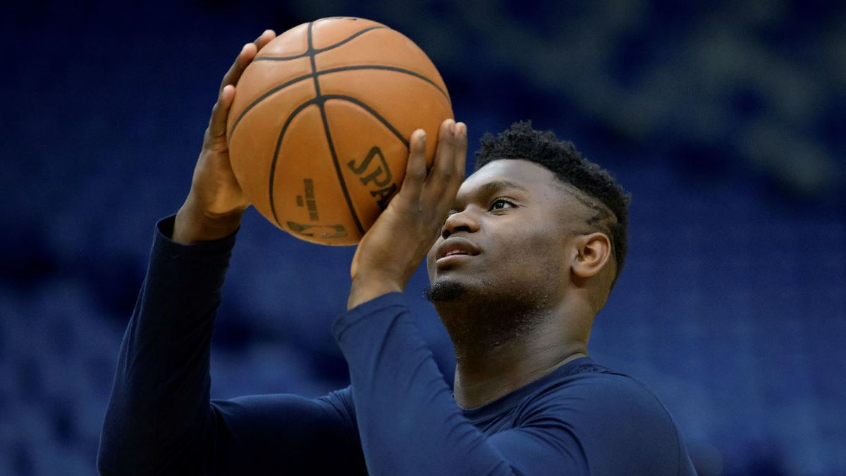 New Orleans Pelicans forward Zion Williamson (1) practices before an NBA basketball game between the New Orleans Pelicans and the Los Angeles Clippers in New Orleans, Saturday, Jan. 18, 2020. | Source: AP Photo / Matthew Hinton