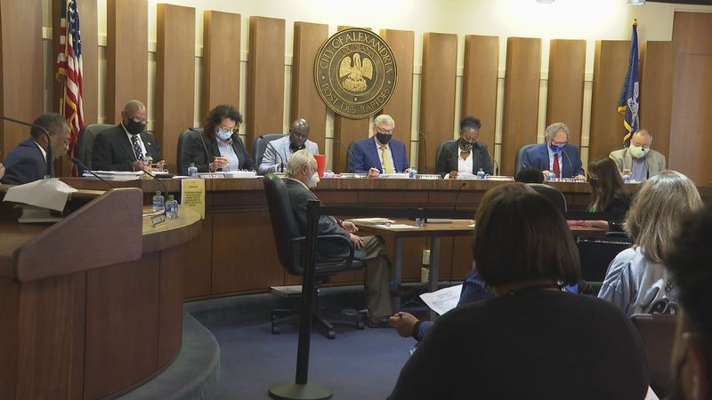 The Alexandria City Council voted 5-2 Tuesday night to override the mayor's veto of the amended...