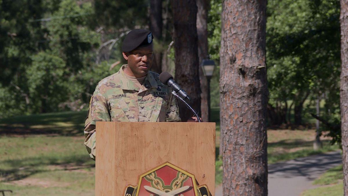 Col. Jarrett Thomas relinquishes his post as Garrison Commander at Fort Polk Thursday.   Photo Credit: KALB