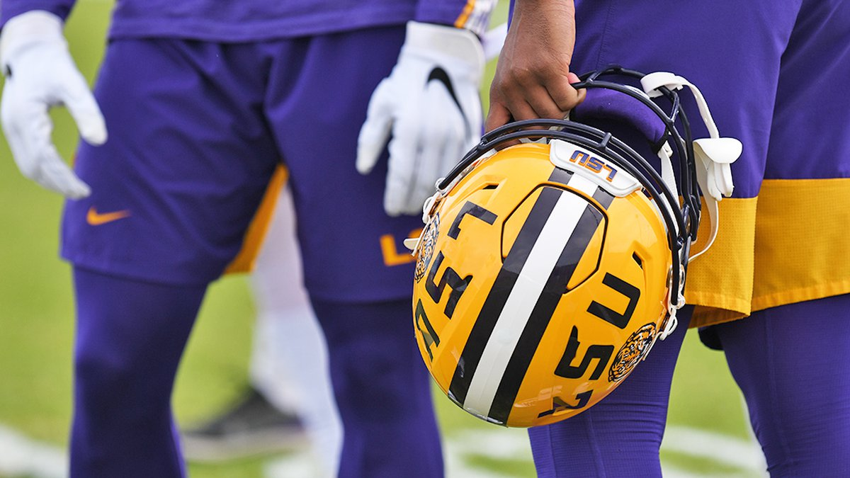 LSU football players participating in spring practice in 2020.