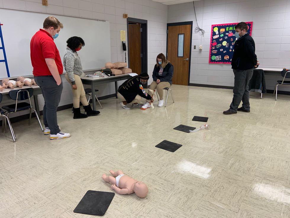 Tioga High School students learn what they need to know to earn their EMT certification.
