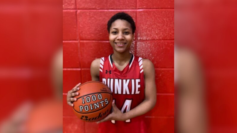 Bunkie freshman guard Carlasia Fields reached a milestone in her young career by reaching 1,000...