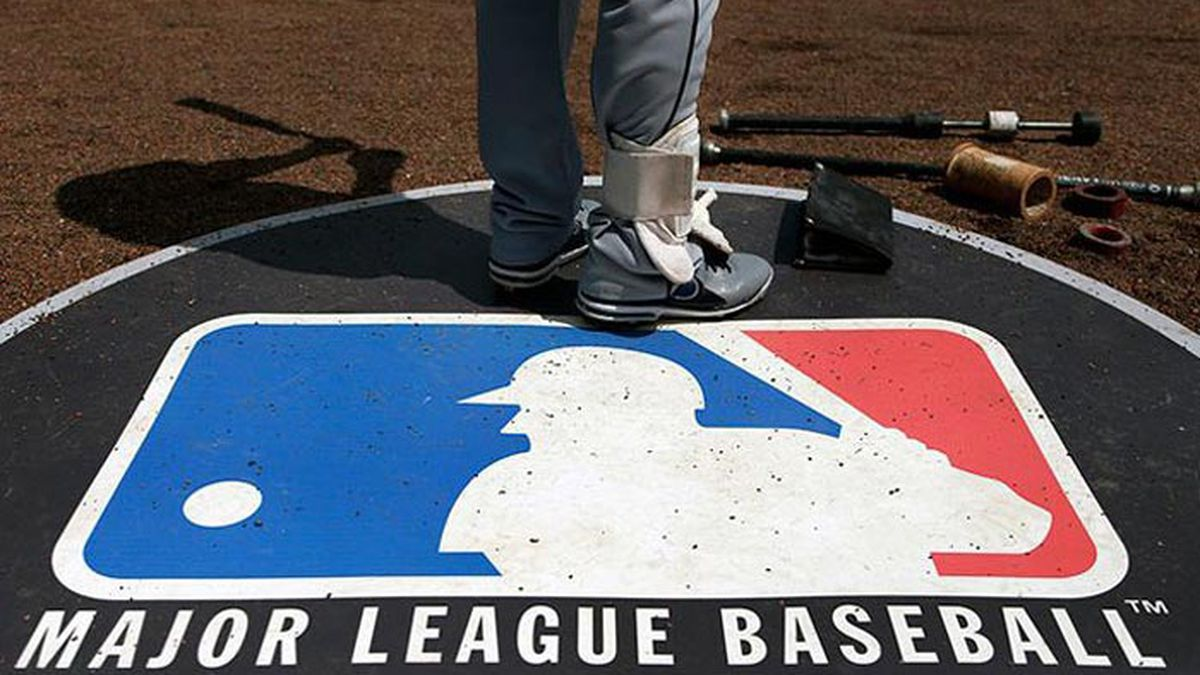Players would get 70% of their prorated salaries during the regular season and the rest for completion of the postseason. (Source: Charles Rex Arbogast)