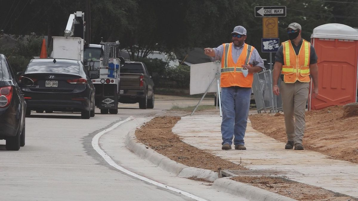 FILE: Site of Pineville's new roundabout at the intersection of Edgewood and Susek.