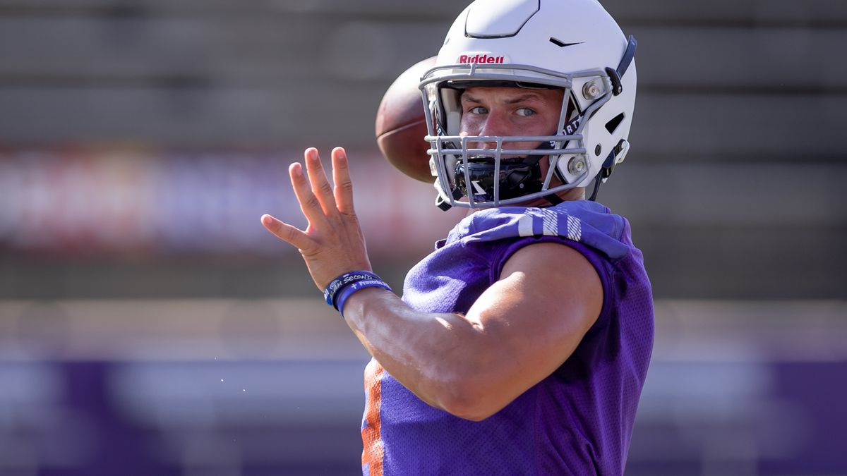 Photo: Quarterback Shelton Eppler in practice during NSU's fall camp. Eppler is the returning starter, throwing for 2,639 yards and 26 touchdowns a year ago. Credit: Chris Reich/NSU Photographic Services