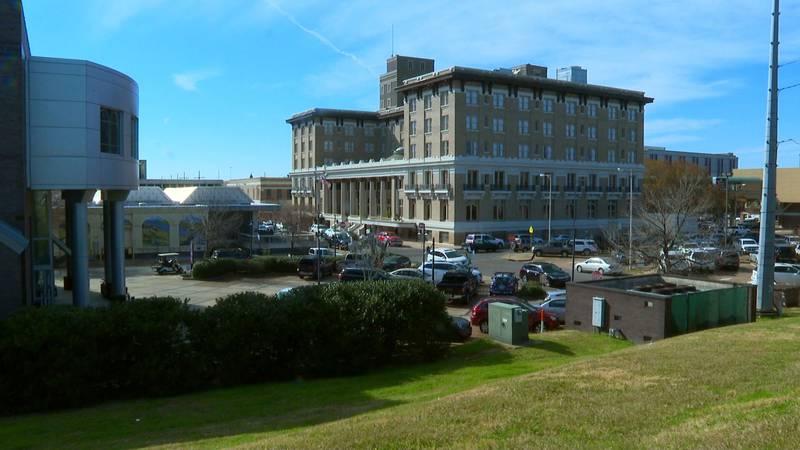 Hotel Bentley in downtown Alexandria