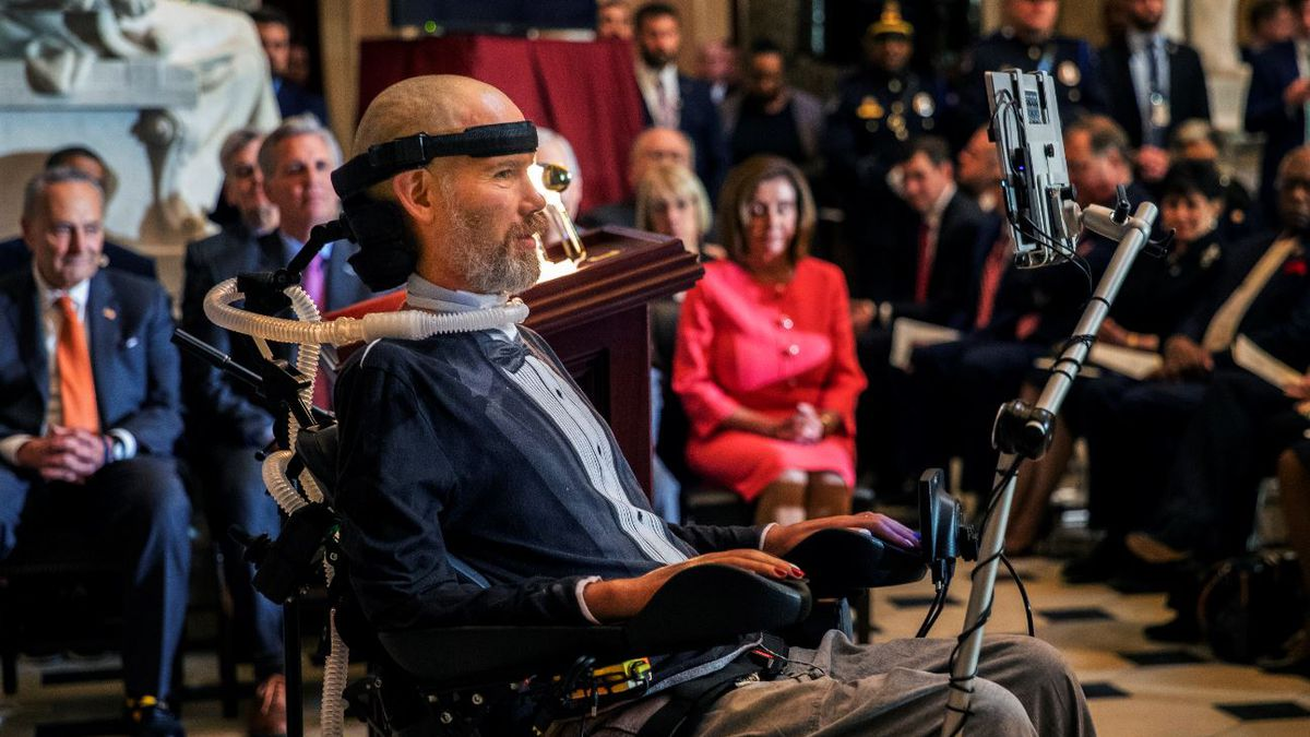 Steve Gleason, amyotrophic lateral sclerosis (ALS) advocate and former New Orleans Saints player, delivers remarks after being presented with a Congressional Gold Medal during a ceremony honoring him in Statuary Hall at the Capitol Hill, Wednesday, Jan. 15, 2020, in Washington. | Source: AP Photo / Manuel Balce Ceneta