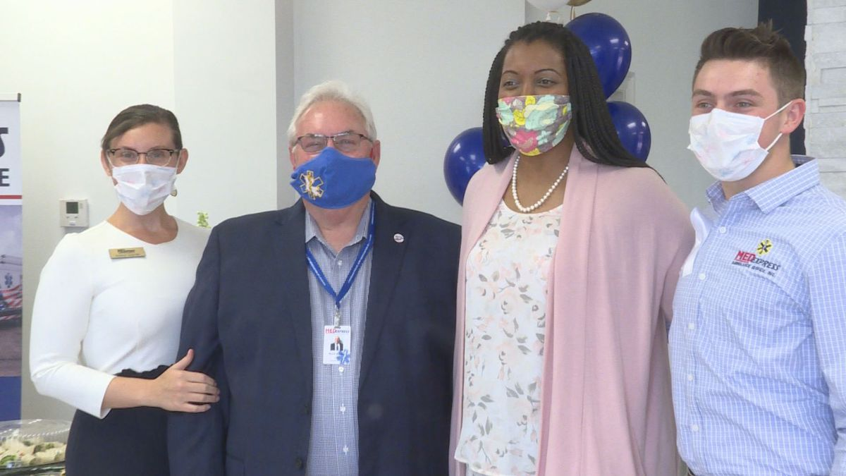 """Five 5-time U.S. volleyball Olympian, Danielle Scott made her way to the MedExpress Ambulance Service, in Alexandria to """"thank"""" emergency workers for saving her life 18 months ago.   KALB"""