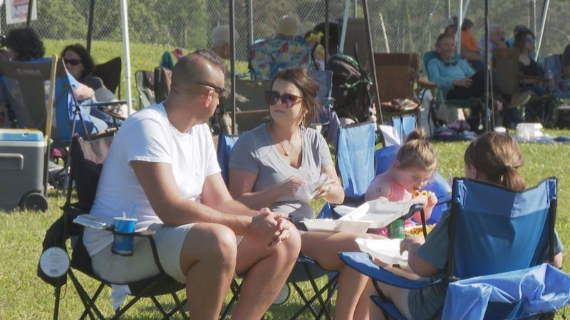 """Family-friendly event """"Worship by the Lake"""" attracts thousands of people."""