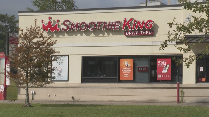 Pineville Police said a man collapsed Sunday at the Smoothie King near Walmart.